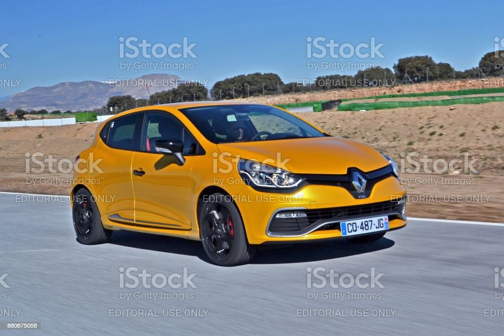 Renault Clio RS on the highway