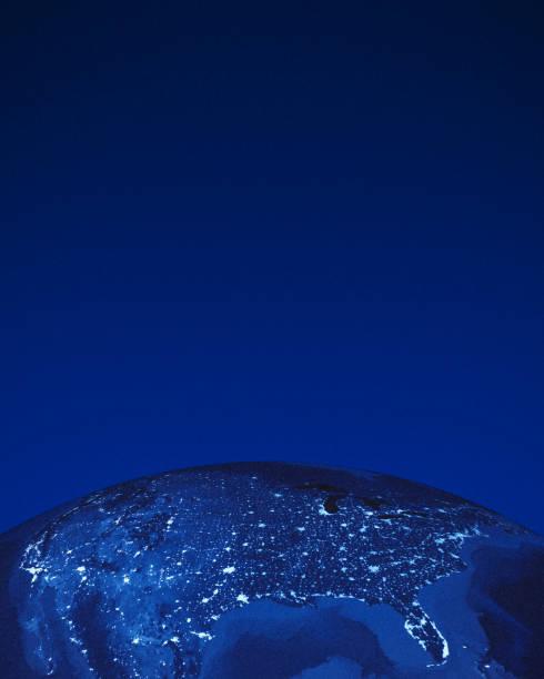 Rendu 3D de la planète terre avec éclairages nuit à certaines parties des États-Unis. - Photo