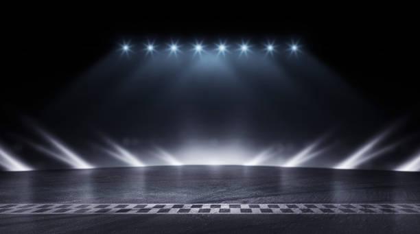 3d rendering abstrakte rennstrecke ziel linie rennen in der nacht - autosport stock-fotos und bilder