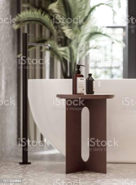 Rendering of a bathroom with bathtub and toiletries picture id1217234854?b=1&k=6&m=1217234854&s=612x612&h=yfukddofggaduk1wzgxo srfo3sbepctnv3hw608goo=