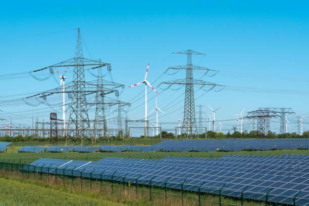 Erneuerbare Energien und Relais-station – Foto