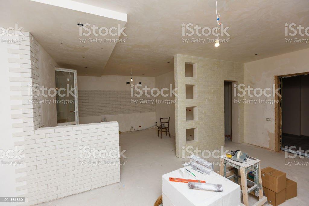 Alte Wohnung Während Der Restaurierung Sanierung Renovierung Lizenzfreies  Stock Foto