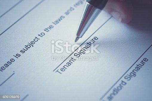 istock Rental agreement 526126970