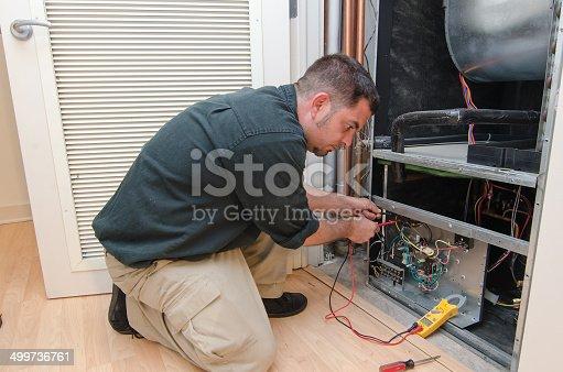 istock AC Repair Man 499736761