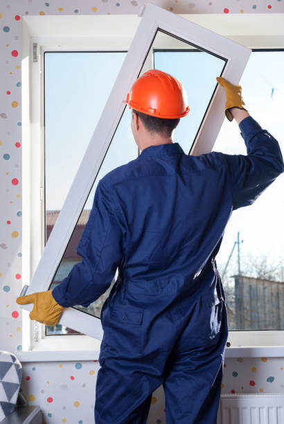 repair of plastic windows professional worker repairs metal plastic window replacement stock pictures, royalty-free photos & images