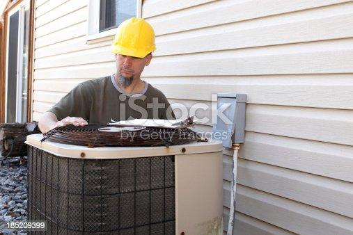istock AC Repair 185209399