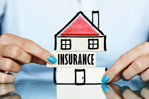 Anfrage oder Zahlungsaufforderung unter dem Haus-Versicherung – Foto