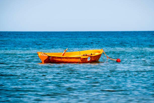 räddningsbåt - livbåt bildbanksfoton och bilder