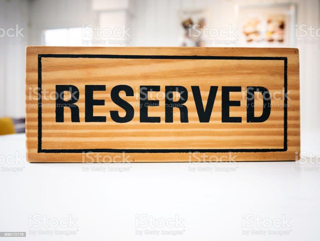 Restaurant datiert Show