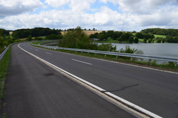 reservoir freilinger see - schwimmbad nrw stock-fotos und bilder