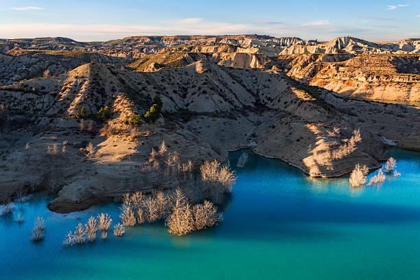 Reservoir paisaje de gebas sierra de la muela regin de murcia spain picture id513690608?b=1&k=6&m=513690608&s=612x612&w=0&h=s8dmofsiovdv1uug0r845vjchqp7sck1vwkoefltfk4=