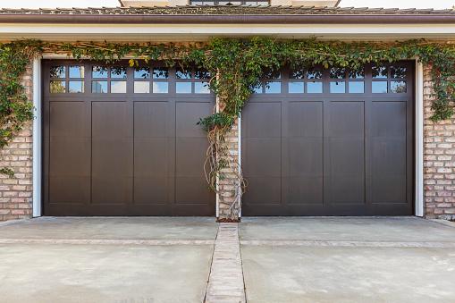 residential 2 car garage