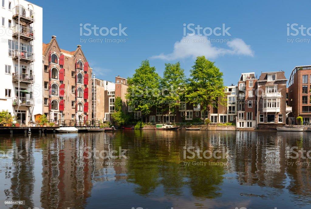 Bostadsområde i Amsterdam bildbanksfoto