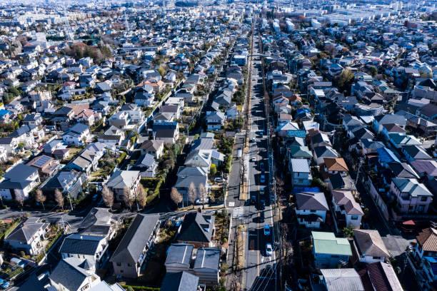 似たような家の住宅地 - 日本 街並み ストックフォトと画像