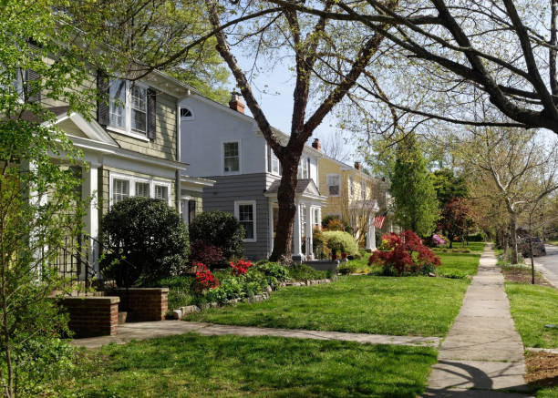 residential block in spring - residential district stock pictures, royalty-free photos & images