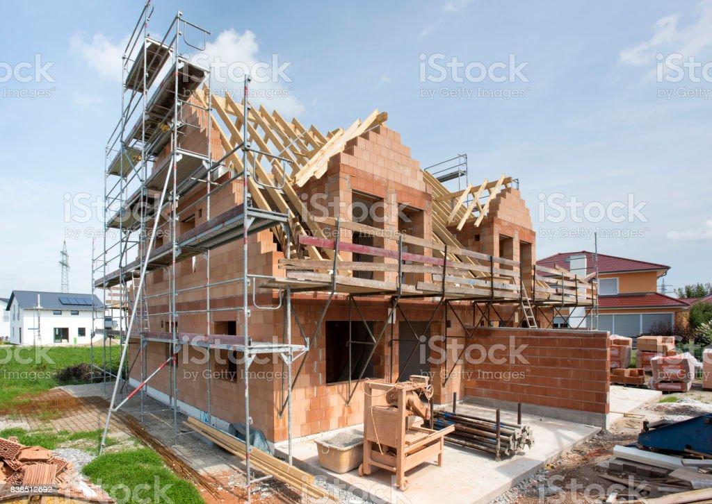 Wohnhaus in Bau - Lizenzfrei Arbeitsstätten Stock-Foto