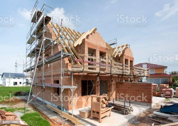 Wohnhaus In Bau Stockfoto und mehr Bilder von Arbeitsstätten
