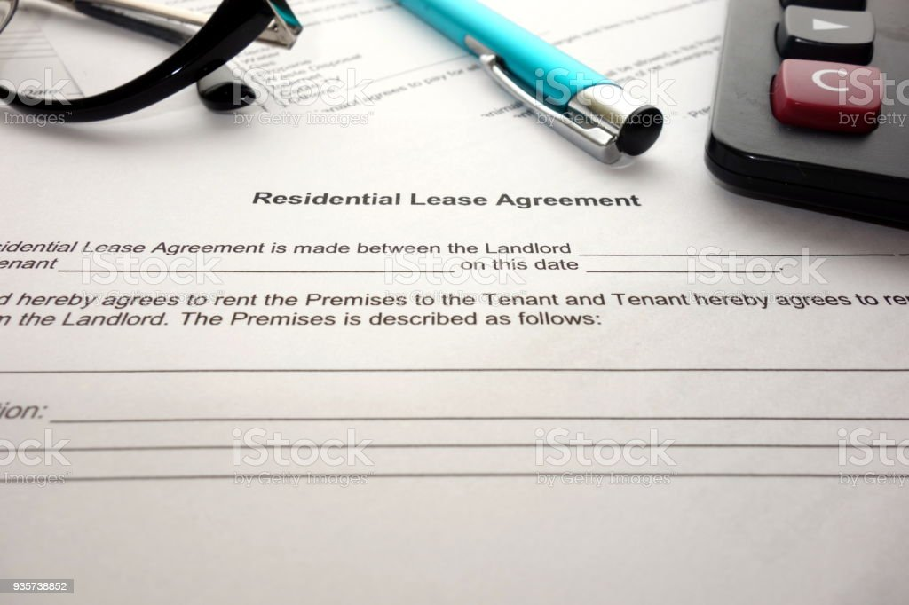 Residential lease agreement for filling and signing