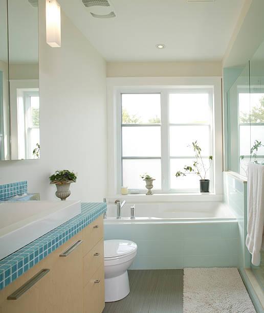 residential, modernes badezimmer - minimalbadezimmer stock-fotos und bilder