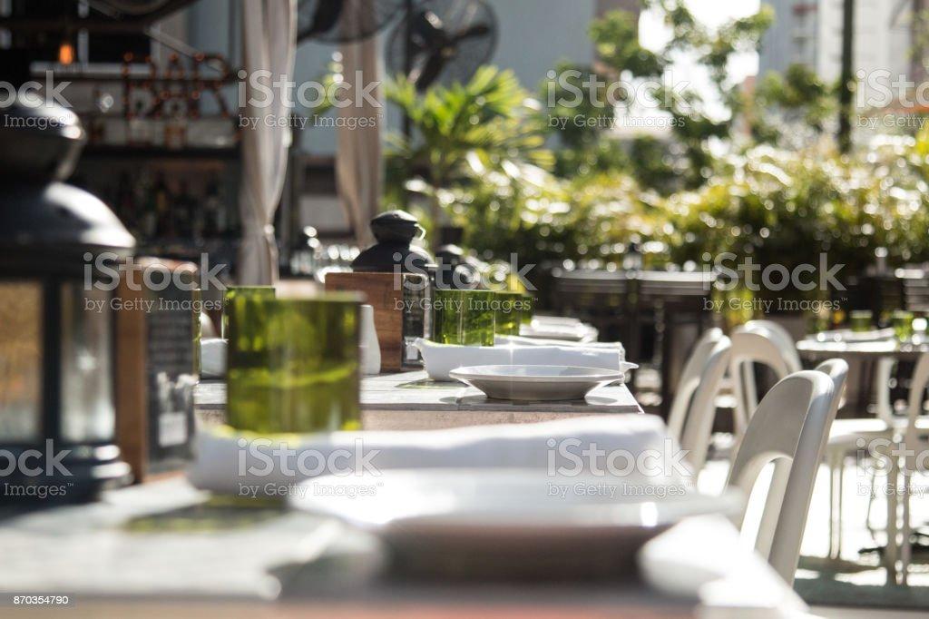 Decoração de restaurante - tabela de configuração - foto de acervo