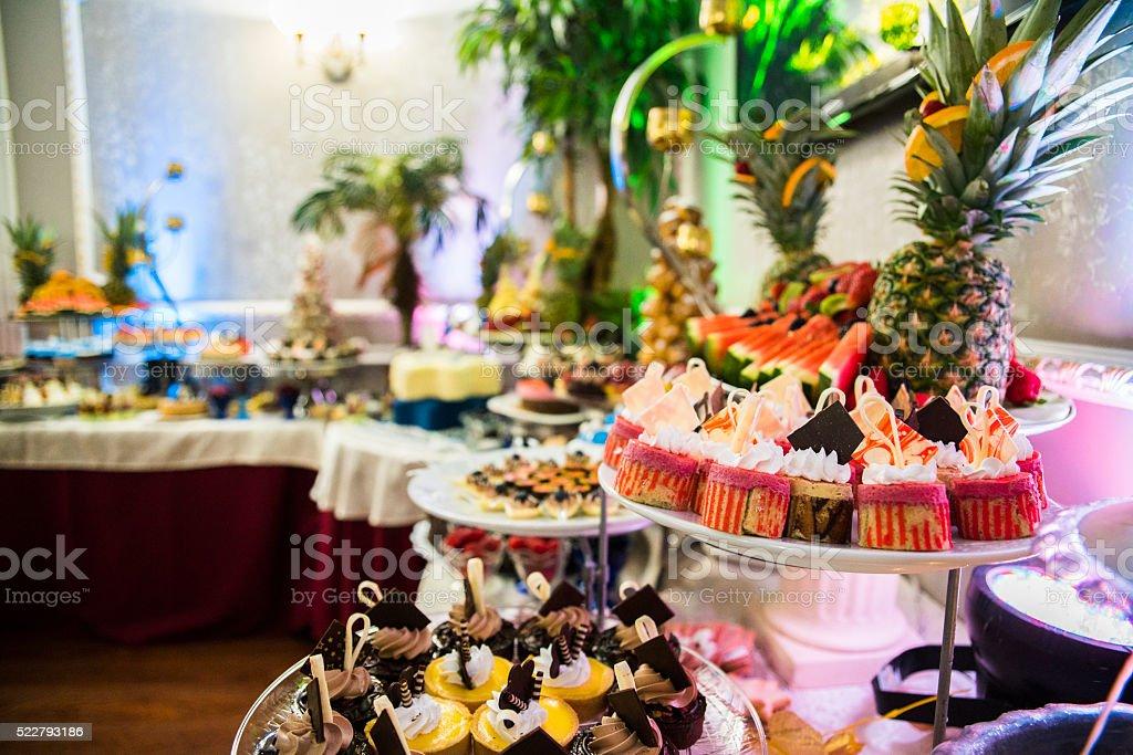 Restaurant La salle de réception décorée pour Bar-Mitzvah - Photo