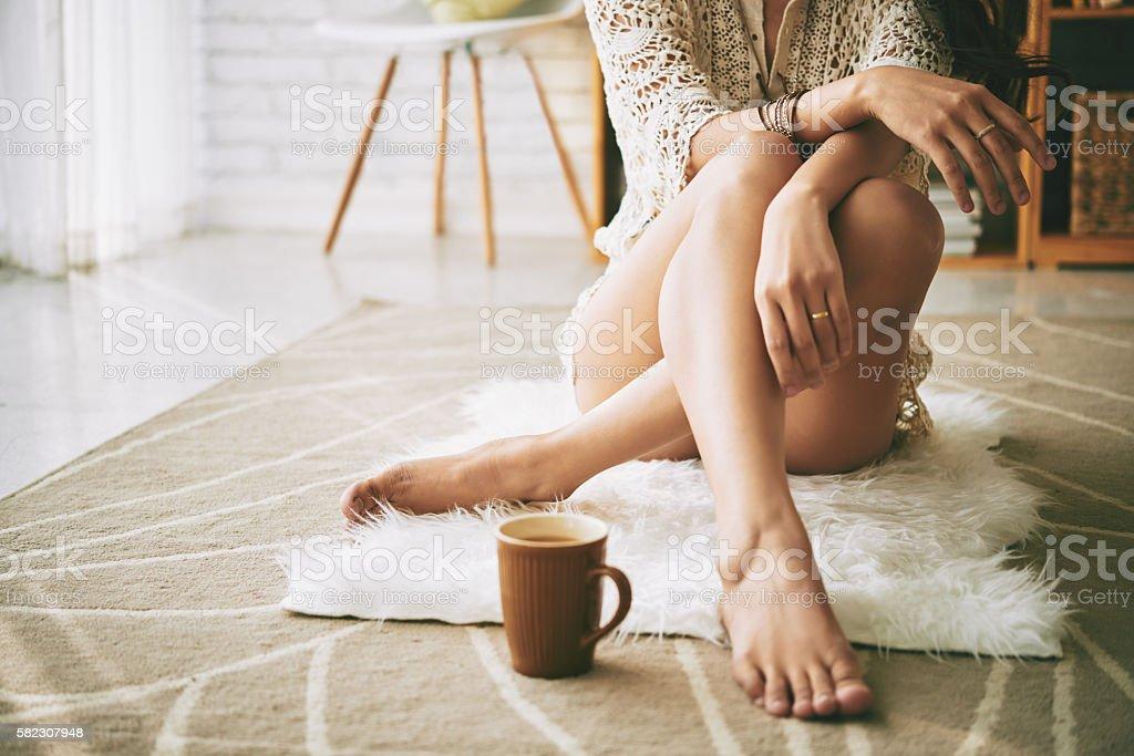 Resting on floor – Foto