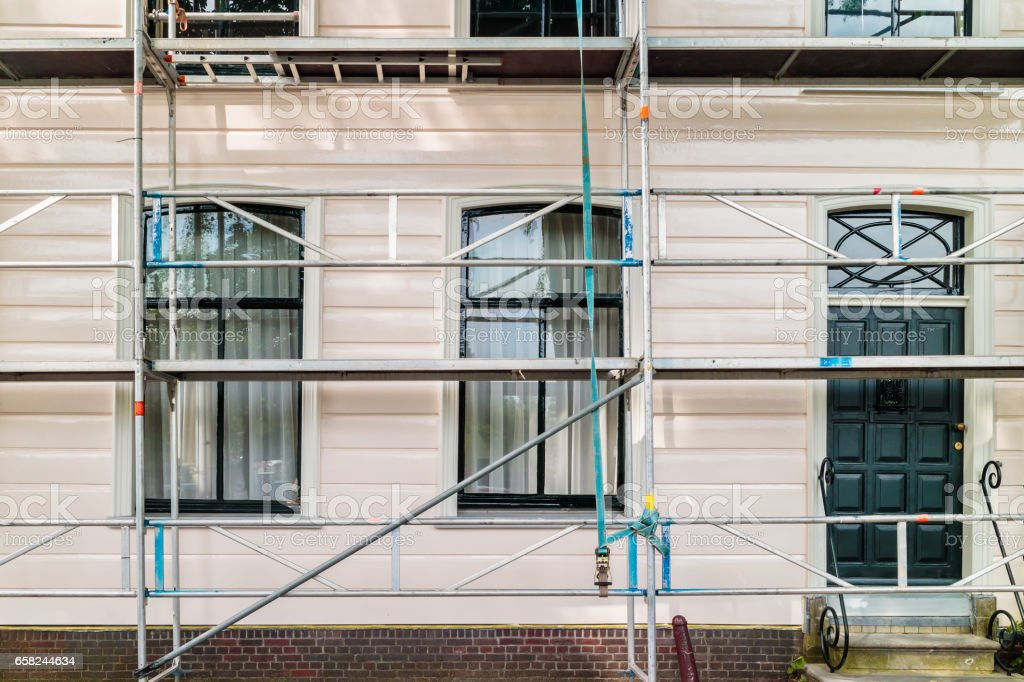 Restoration and painting of an ancient Dutch wooden house – Foto