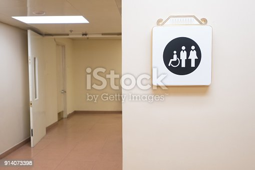 480193462 istock photo Restroom sign on a toilet  WC signs for restroom Toilet sign 914073398