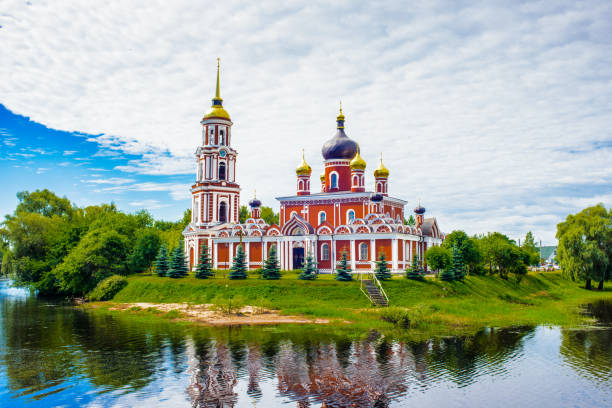 Resurection Cathedral, an orthodox church in Staraya Russa, a town in Novgorod District, Russia Resurection Cathedral, an orthodox church in Staraya Russa, a town in Novgorod District, Russia republic of karelia russia stock pictures, royalty-free photos & images