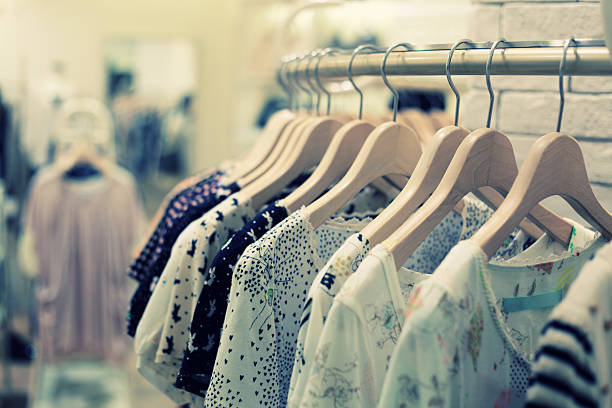 Boutiques de vente au détail et magasin de vêtements de mode - Photo
