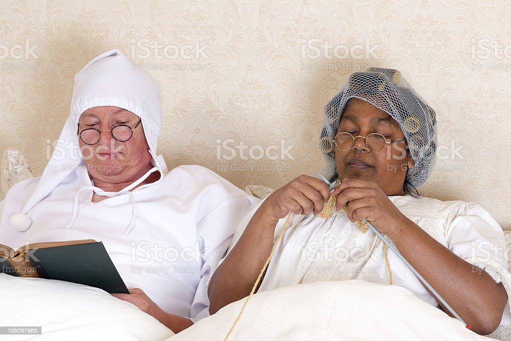 À la retraite couple au lit - Photo