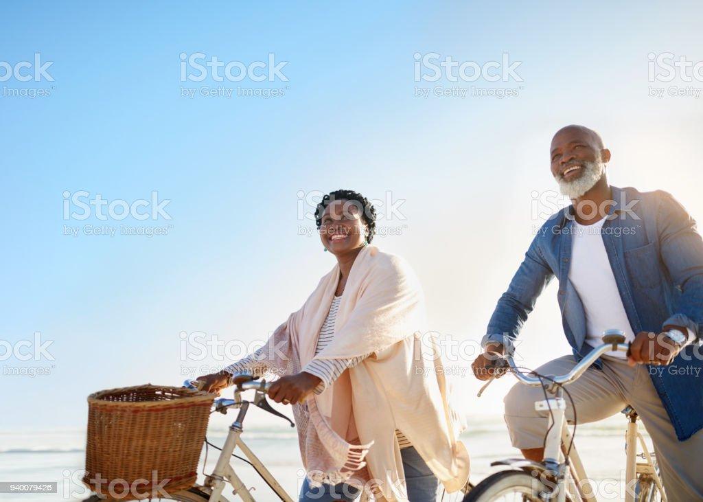 Retiro es una oportunidad para disfrutar de muchas más aventuras - foto de stock