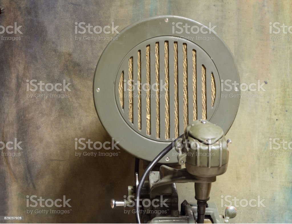 Sistema acústico retrô, antigo alto-falante, fundo vintage - foto de acervo