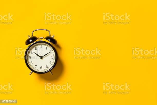 Retro alarm clock picture id858635444?b=1&k=6&m=858635444&s=612x612&h=ff10 x44iqbz6l0wejzxh4q2fnxp 3tdg0bxqpdwq k=