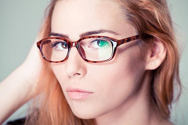 Retro Mädchen mit Brille – Foto