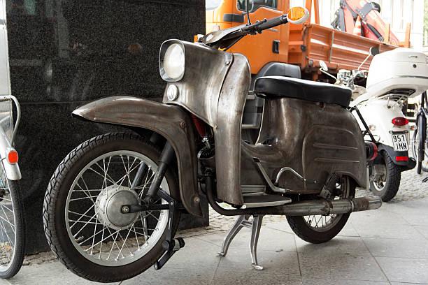 retro motorrad - simson mofa stock-fotos und bilder