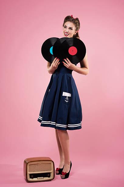 retro music from retro radio - moderne 50er jahre mode stock-fotos und bilder