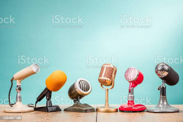 Retro old microphones for press conference or interview on table picture id1054657186?b=1&k=6&m=1054657186&s=612x612&h=b7f0pawyqmtect7hhks6ts6m48d8sp 5vsdm0aldg6c=