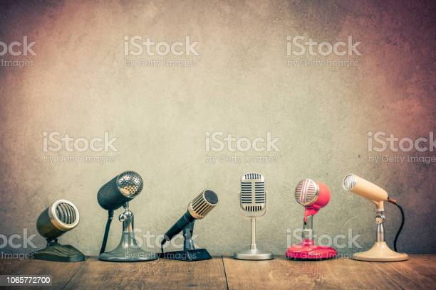 Retro old microphones for press conference or interview on wooden picture id1065772700?b=1&k=6&m=1065772700&s=612x612&h=s0rs7k90hk4geajn0if4dhqgx7pkzv7rbca8nrj0h4u=