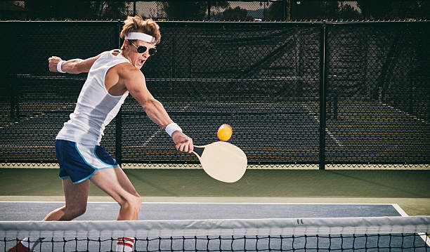 retro pickleball player - table tennis racket stock pictures, royalty-free photos & images