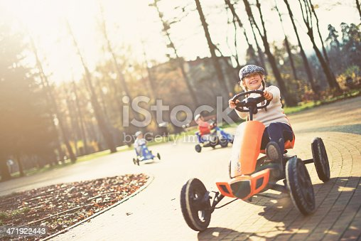 1035136022 istock photo Retro race 471922443