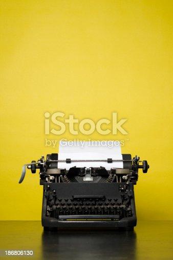 istock Retro Typewriter 186806130