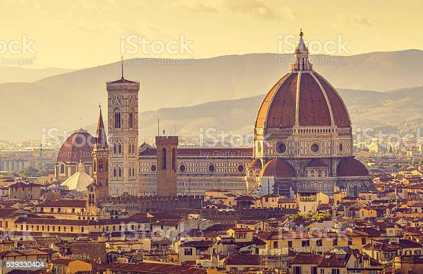 Retrostyled view to santa maria del fiore cathedral in florence picture id539330404?b=1&k=6&m=539330404&s=612x612&h=eej ntuj8pgznq7pid9luvsal uu9mbn0ltgqcayslq=