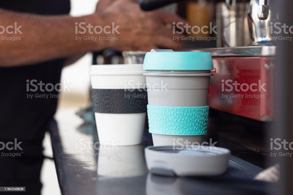 Återanvändbar kaffekopp - Royaltyfri Ansvarsfullt företagande Bildbanksbilder