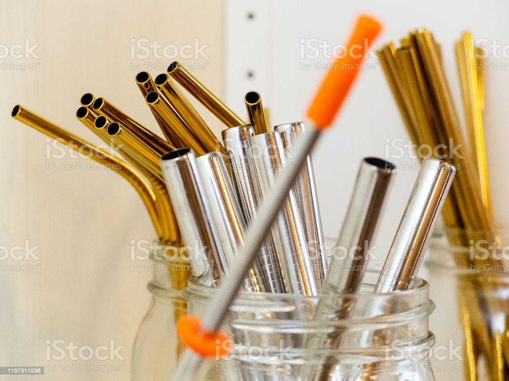 New Celebrate USA Metallic Straws //24