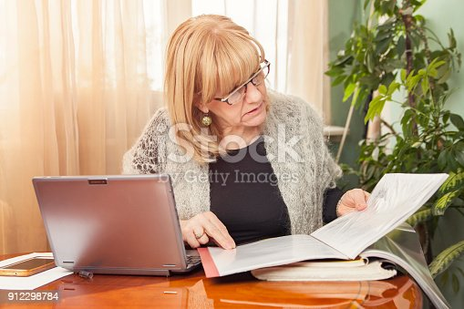 istock Reviewing documents and reports 912298784