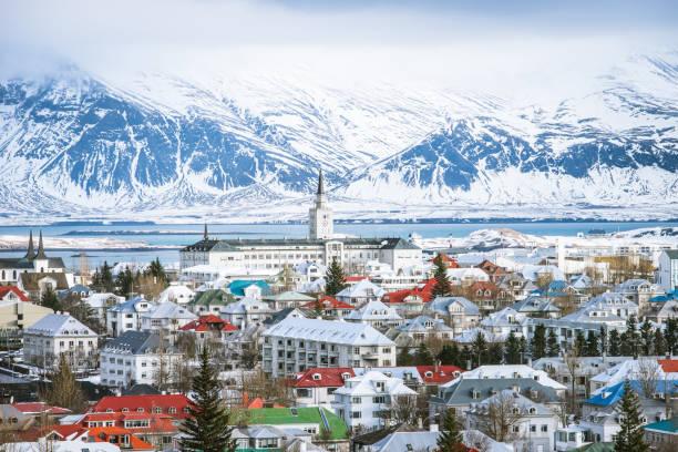 reykjavik hauptstadt island - iceland stock-fotos und bilder