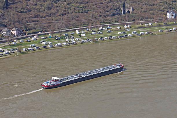 Rhein Mit Transportwegen – Foto