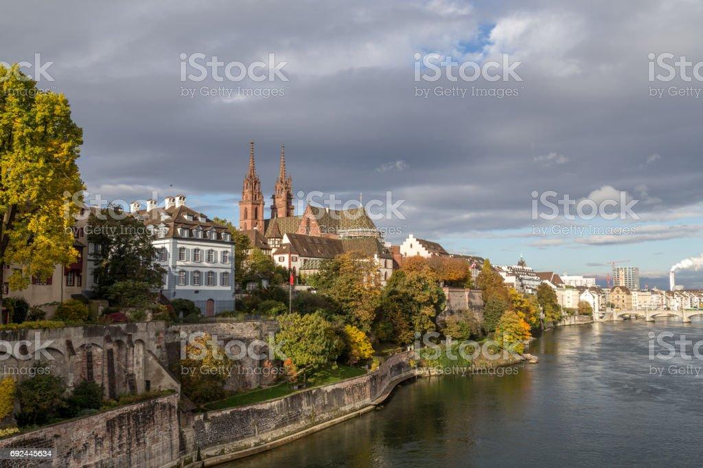 Rhein und Basel Münster – Foto