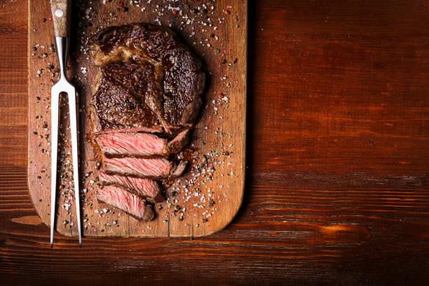 maiko bife de carne marmorizada - churrasco - fotografias e filmes do acervo